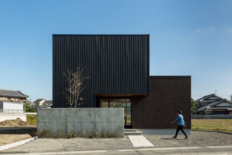 三田長の家